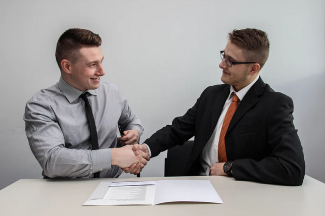 Questions to Ask Before Signing a Lease2.PNG
